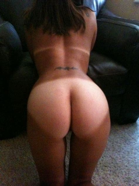girls with tanline ass jpg 500x666