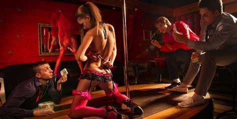 Strippers in the hood porn videos jpg 600x302