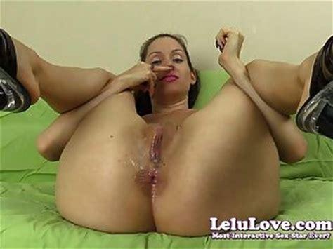 smelling her ass jpg 320x240